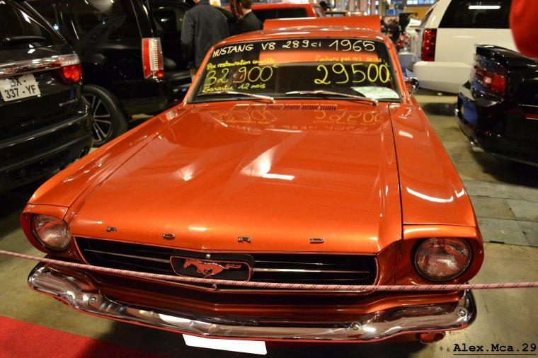 Ford Mustang GT(Stand American Car City Hall d'occasion Mondial de l'auto Paris 2012 Portes de Versailles)(06/10/12)