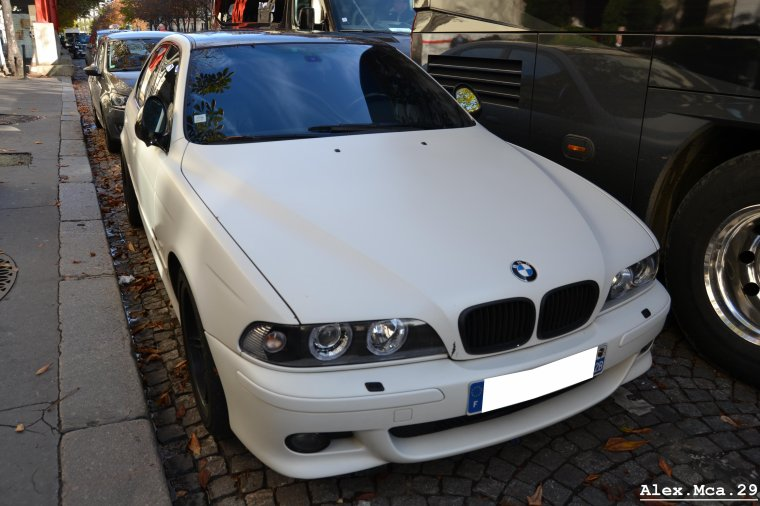 BMW M5 e39(Avenue Georges V Paris)(07/10/12)