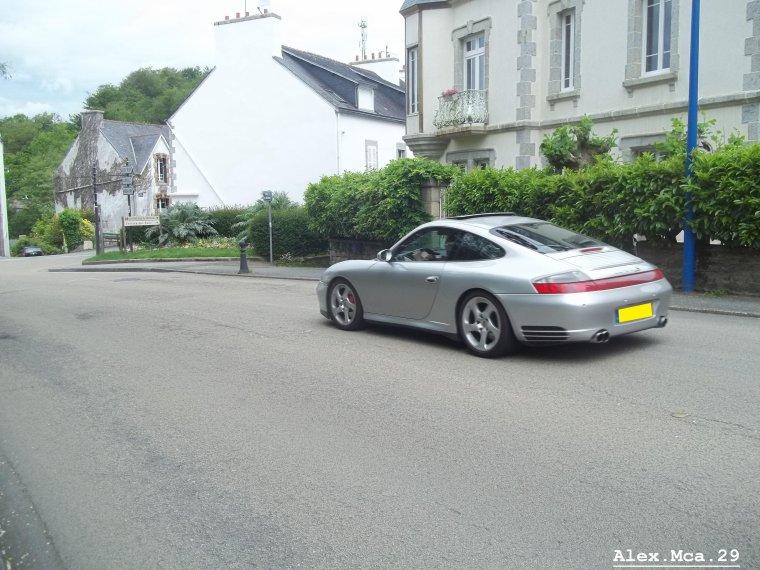 Porsche 911(Type 996) Carrera 4s(Pont-Aven)(27/05/12)