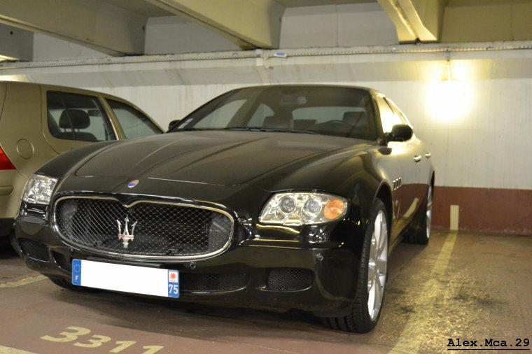 Maserati Quattroporte GTS(Parking Foch Avenue Foch Paris)(16/03/13)