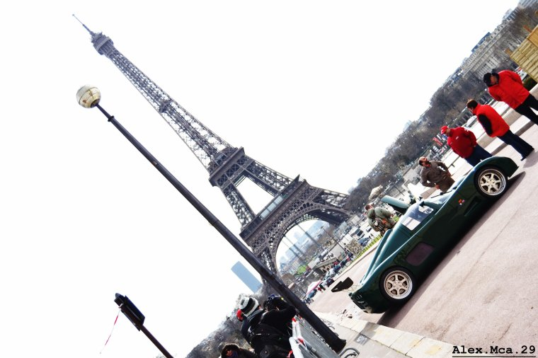 Ultima GTR(Rallye de Paris GT 2013 Fontaine du Trocadéro Paris)(16/03/12)