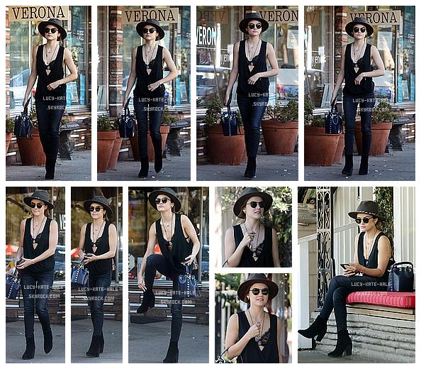 ------------+ 30/08/2016 : Lucy a été photographié alors qu'elle allait déjeuner seule au Aroma Cafe à Studio City - LA Lucy était vraiment resplendissante dans cette tenue composée uniquement de noir ! Le chapeau lui va à ravir. TOP et vous ? ------------+