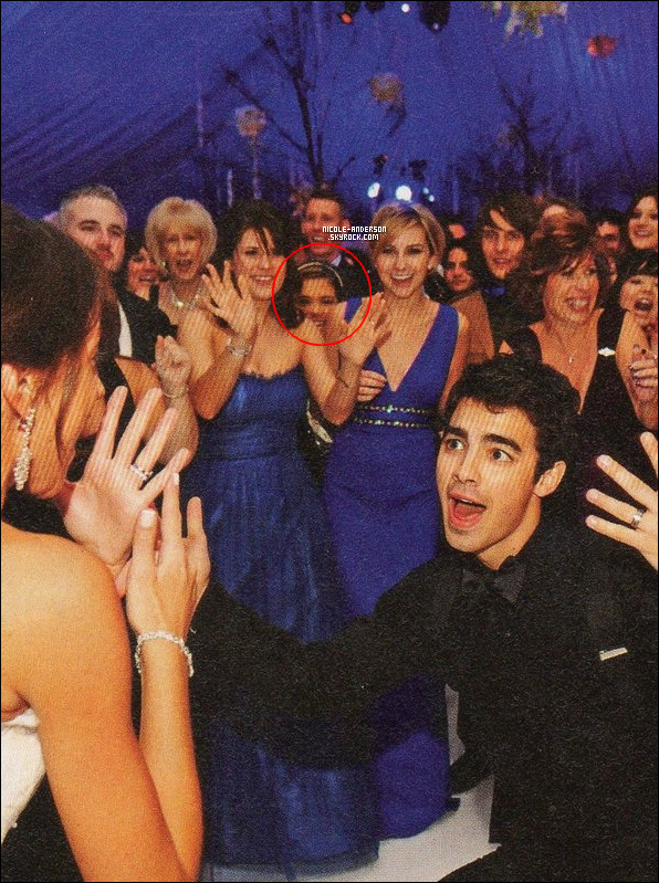 . Nicole était. elle aussi, présente au mariage de Kevin et Danielle Jonas ce 19 Décembre. .