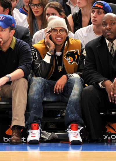 CHRIS ATTENDS THE OKLAHOMA CITY THUNDERS GAME PICS BELOW
