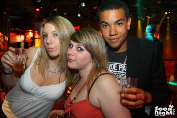 ANNiiV DE MA FEMME MiiX CLUB ' 04/2011