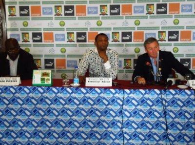 CLEMENTE EN CONFERENCE DE PRESSE POUR  L'ELIMINATOIRE DE LA CAN 2012