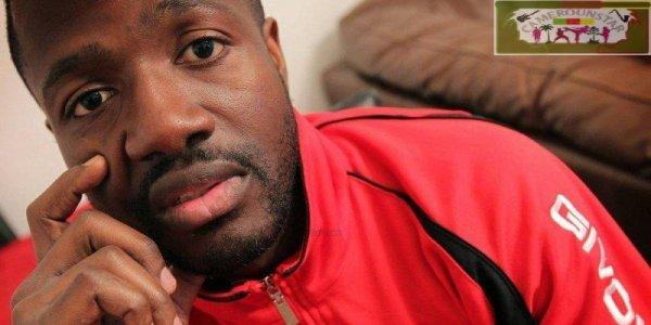 un footballeur camerounais menacé d'expulsion