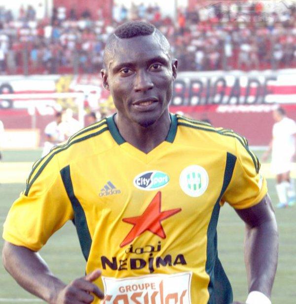 Algérie : le joueur camerounais Albert Ebossé tué sur le terrain