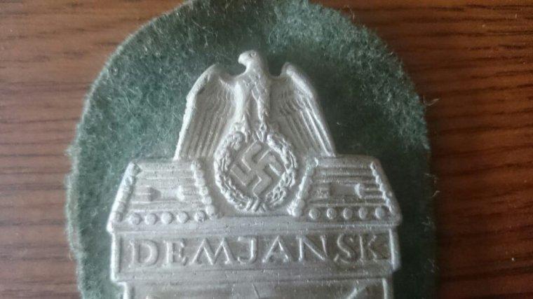 Rentrés d'arlon: plaque de bras demjiansk 1942
