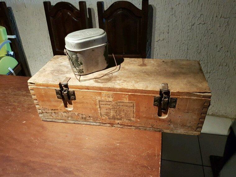 Rentré de bourse, caisse 2cm flack kriegsmarine et gamelle nominative