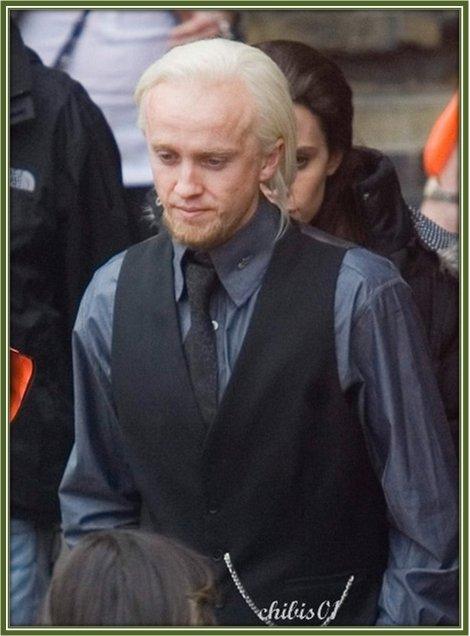 Draco 19 ans apr s chibi 39 s harry potter - Harry potter 8 et les portes du temps bande annonce ...