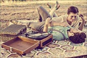 . Je ne cherche pas des milliers de choses,juste une seule,l'Amour.. .