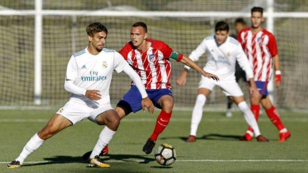 Real Madrid-Atlético de Madrid, derby de Madrid pour la Copa del Rey junior  Le Real Madrid dirigé par Guti cherchera, ce dimanche à 18h00, à prendre sa deuxième Coupe consécutive et à ajouter son quatorzième trophée.