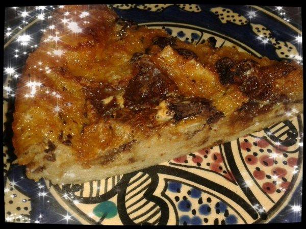 Gâteau de pain perdu au chocolat et oursons à la guimauve