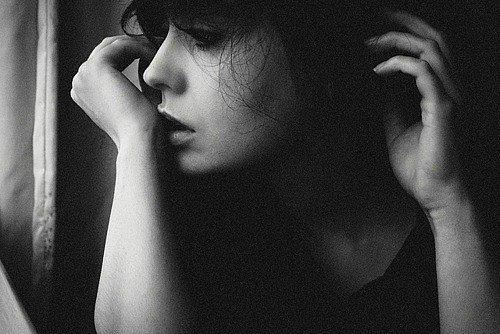 """"""" Je n'ai réalisé qu'après que tu mets brisée le coeur à quel point j'avais faits une bêtise en tombant amoureuse de toi """""""
