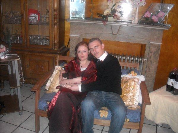 me voici mwa  avec ma femme