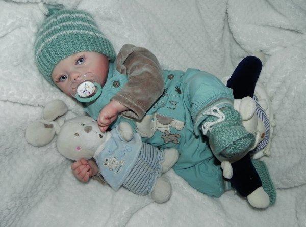 Les bébés de Noel,Fienchen rebaptisé martin merci a sa maman