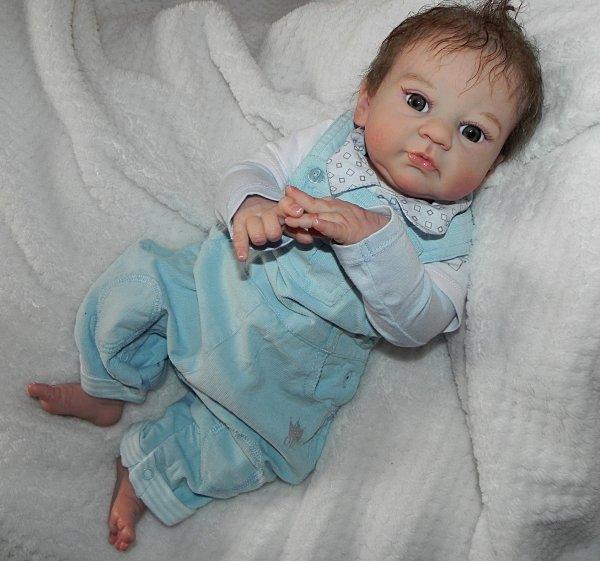 Un bébé d'Amour adopté par Nicole merci