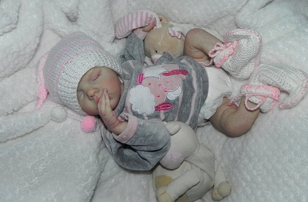 Marie (Twin B) bébé d'Amour de Noel adoptée merci a Martine sa maman
