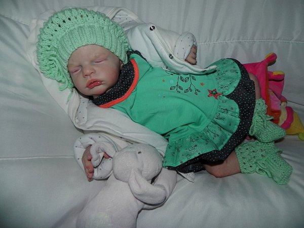 Le premier bébé de 2016:kellie créée sur commande merci a Nicole sa maman