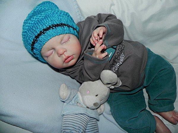 Noah un Amour de bébé adopté merci Corinne
