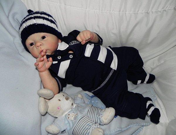 Adorable Harlow vrai bébé d'Amour