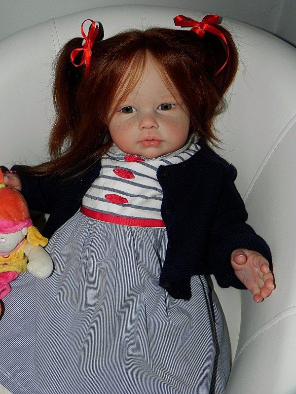 Merci a Elisabeth de m'avoir permi de realiser cette petite merveille baptisé Laura