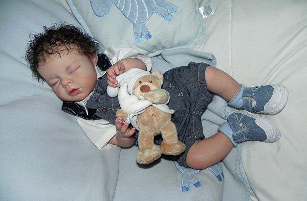 Noah merveille de bébé d'Amour