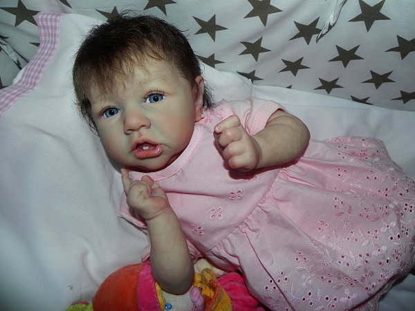 Petite puce d'Amour:Saskia adoptée merci a Arlette sa maman