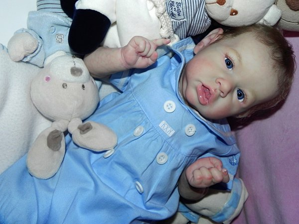 Arthur merveilleux bébé d'Amour, merci a Martine sa maman