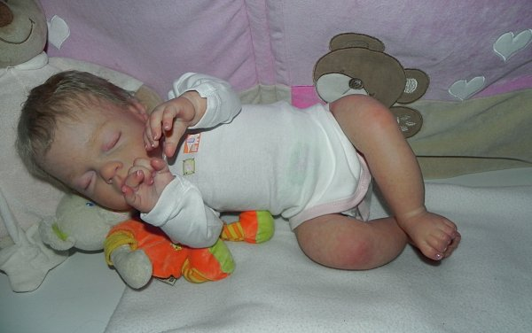 Abby bébé de Noel meri a martine sa nouvelle maman