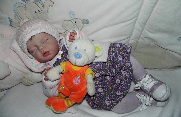 Chut elle dort, bébé d'Amour créer sur commande