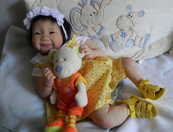 Espiegle petite Keiko d'Amour