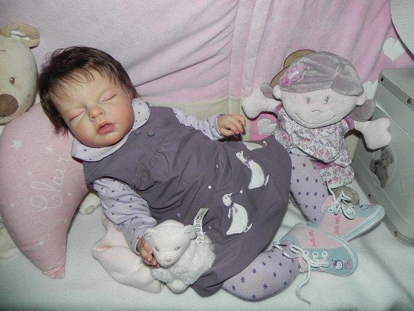 Petite Louise née du kit Noah créé sur commande merci a Veronique