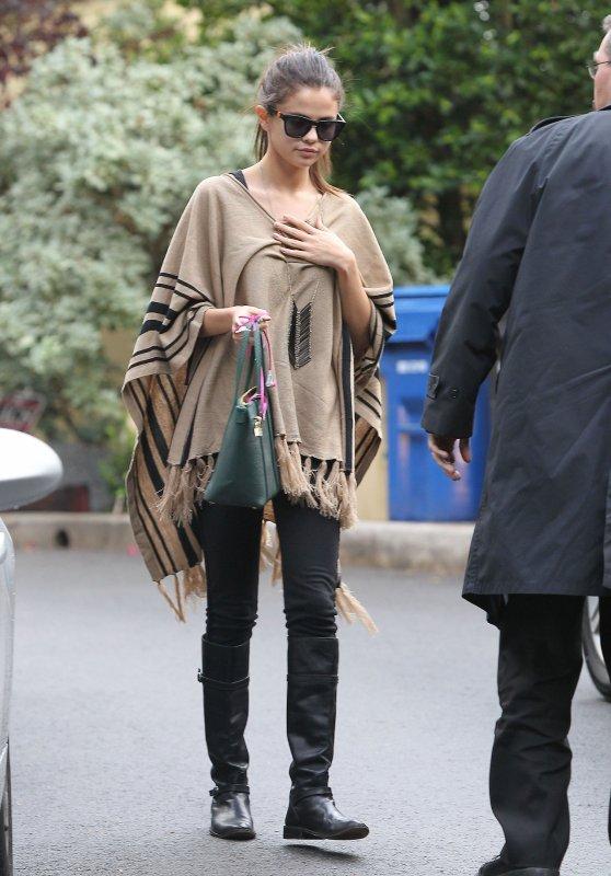 le 19/12/13 notre sublime Selena est allé faire des course a LA