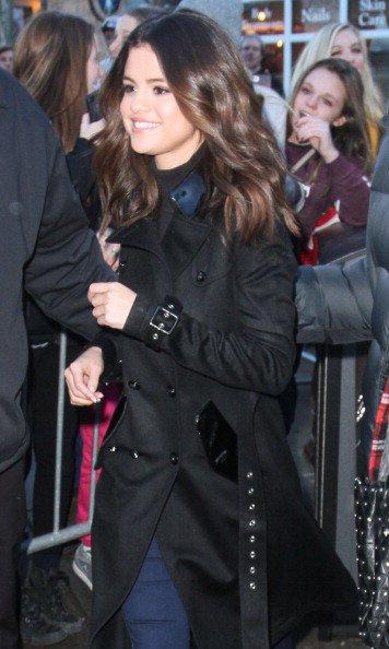 le 20/01/14 notre sublime Selena arrivait a Columbia salon au village Lift in park city , Utah
