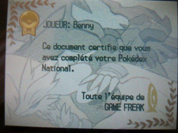 carte dresseur or pokémon noir + diplôme pokedex national