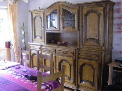 Je vends ma salle à manger, ma table de salon et mon meuble TV