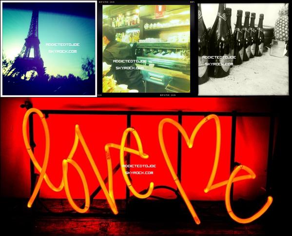 23 octobre 2011 : Notre cher Danger a posté quatre nouvelles photos sur son blog (Il aime le chiffre quatre apparemment). Les voici pour vous !