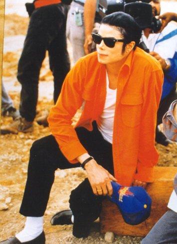 Le corps de Michael exhumé ?