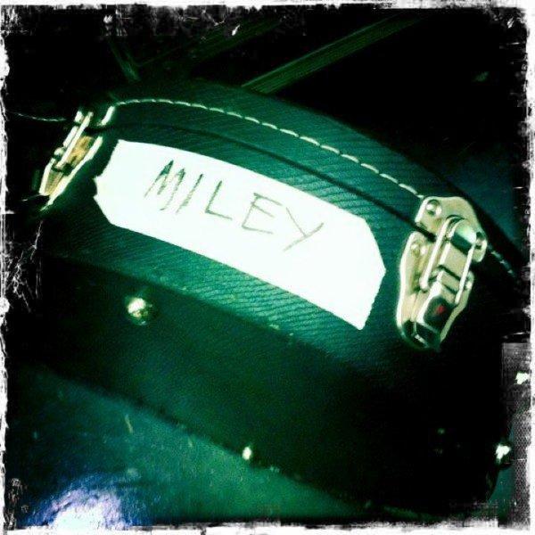 24 Juillet 2011 - Miley quelques photos -Suite