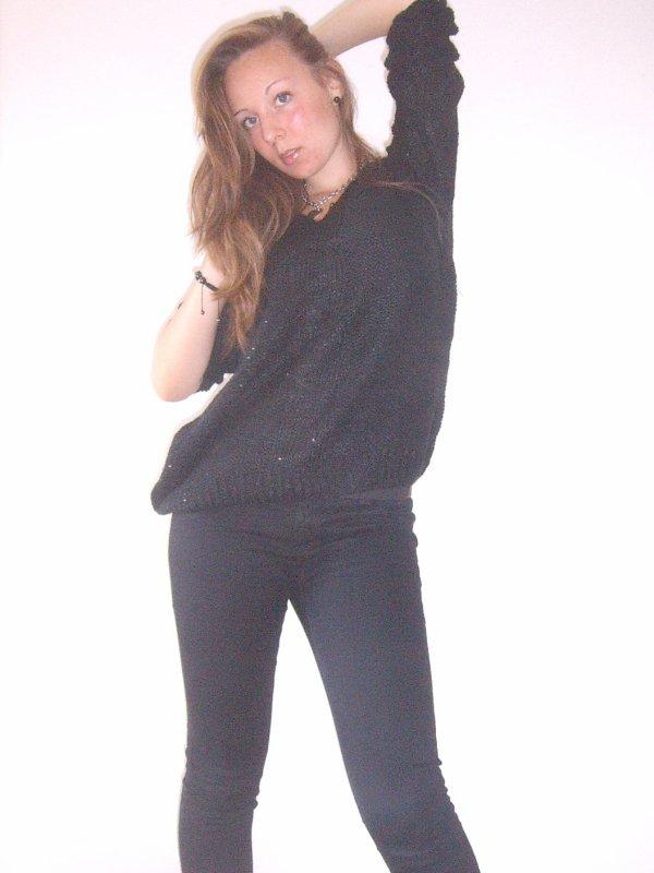 Je suis possesive, jalouse, têtue, sensible, susceptible, folle, à part sa je suis facile à vivre :D