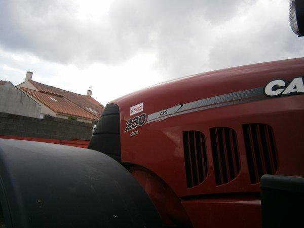 nouveau tracteur case