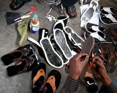 Des cordonniers de Kinshasa honorés à Matonge