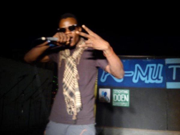 """Bush Gun: 1er artiste militant  """"Non à la balkanisation du Congo"""""""