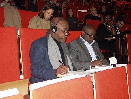 """Elikya M'Bokolo: """"Il y a encore une grande discrimination du noir en Europe"""
