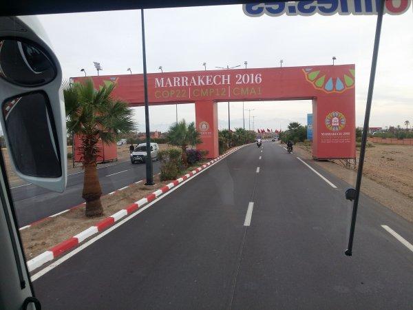 A Marrakech, la ville est rouge ! #Pelerin #COP22