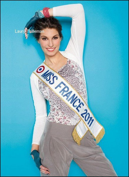 Miss France 2011 Laury Juste Pour Le Plaisir Des Yeux. Revoici La Tenue Qui A Eté Elus Par Les Internautes De Facebook. Laury (l) !
