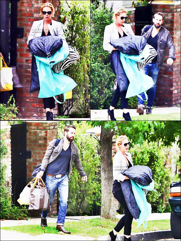 24 Octobre - Katherine & Josh quittant leur domicile.