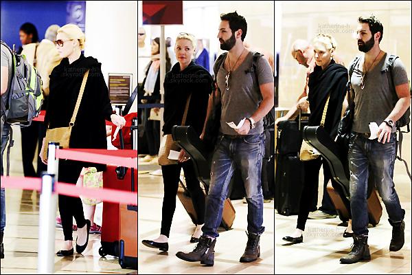 9 Avril - Lundi matin, Katie & Josh ont été aperçus à LAX.